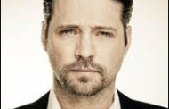 Jason Priestley and Molly Ringwald star in New Original Comedy The Wonderful Wayneys for DHX Television