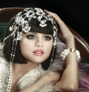 """Selena Gomez confirmed to perform new single """"COME & GET IT"""" for the first time on TV at the 2013 MTV MOVIE AWARDS Live sunday, april 14"""