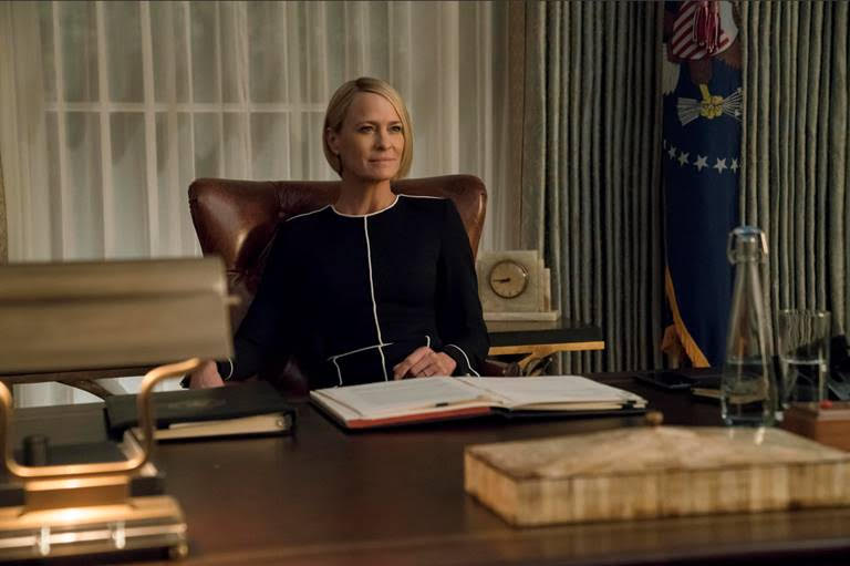 [HOUSE OF CARDS PRESIDENTIAL ALERT] – THIS IS A TEST of Claire Underwood's National Emergency Alert System