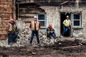 History®'s SALVAGE KINGS Turn Rubble Into Riches