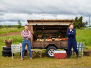 Seeins' it's Traditions, LETTERKENNY Season 9 Streams Christmas Day on Crave